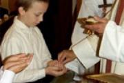 Az Eucharisztia és a szentmise ünneplése, az elsőáldozás